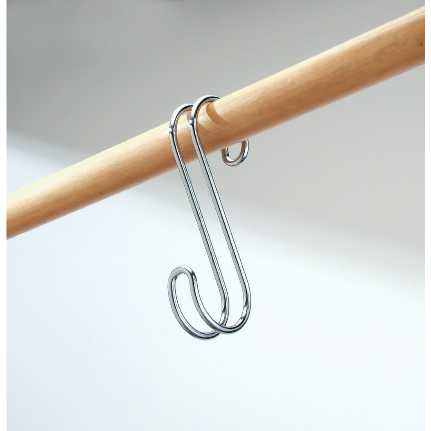 iDesign Classico Chrome Closet Rod S-Hook Image 2